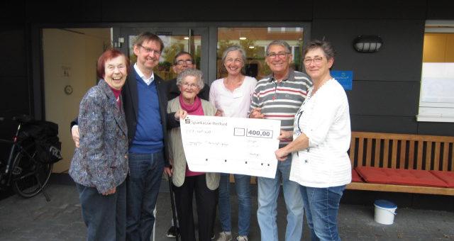 Spendenübergabe an die Tagespflege des St. Martins-Stift Wohn- und Pflegezentrum